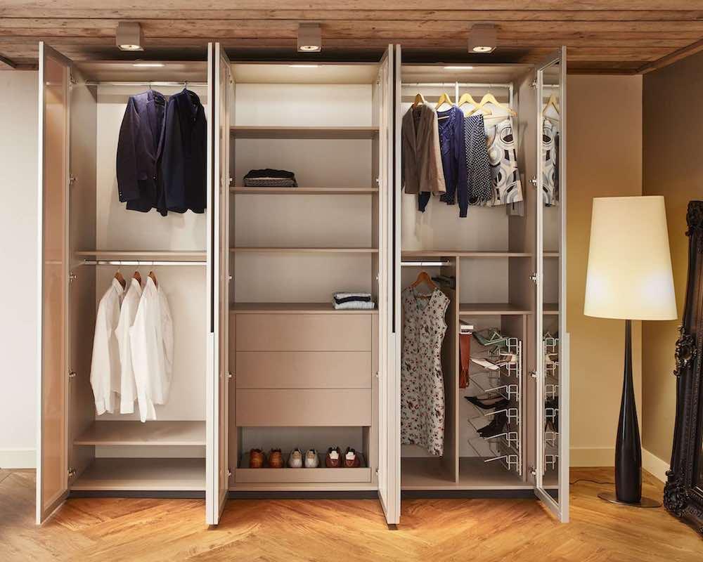 Draaideurkast Voor De Slaapkamer De Suite Slaapkamers