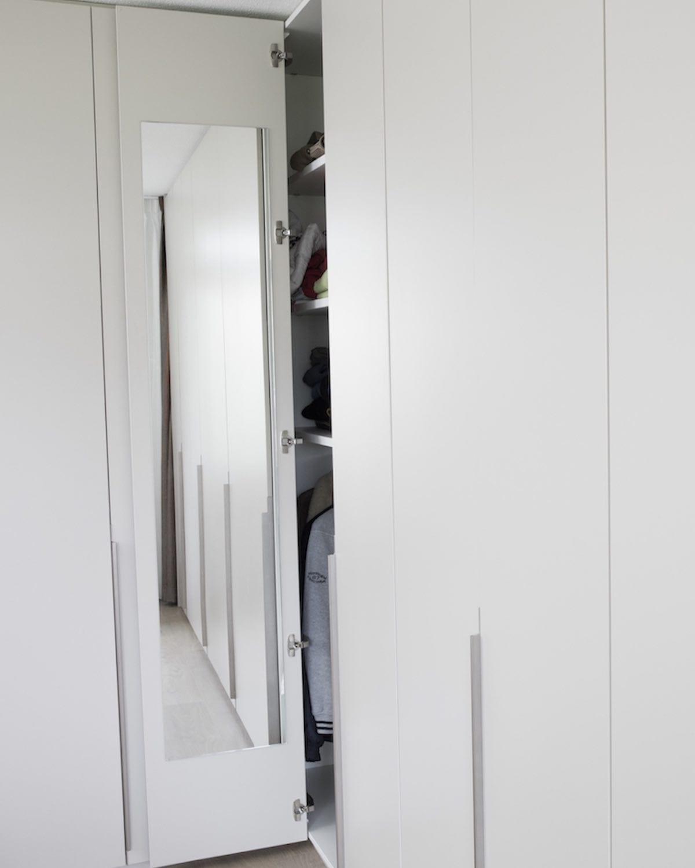hoekkast met spiegel