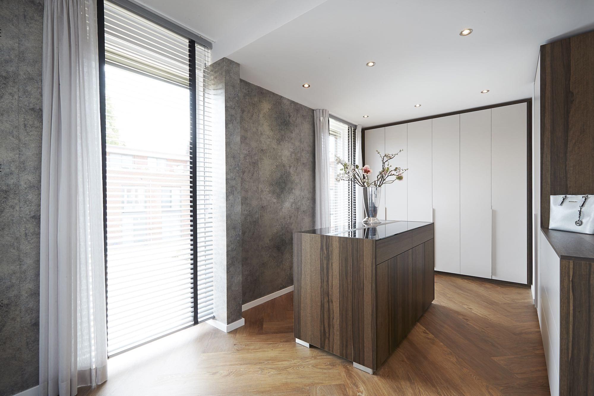 inloopkast-room-divider