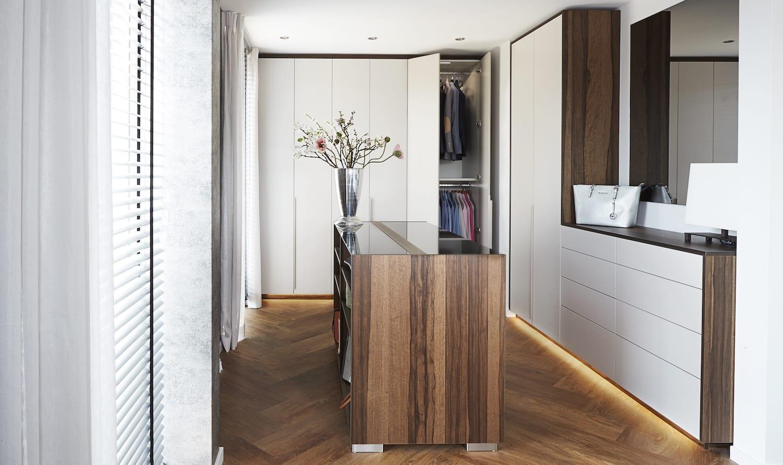 luxe slaapkamer inloopkast