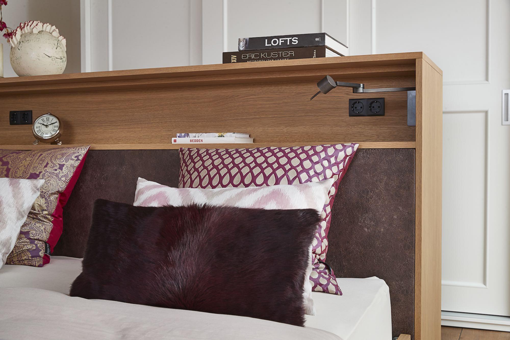 detail houten bed