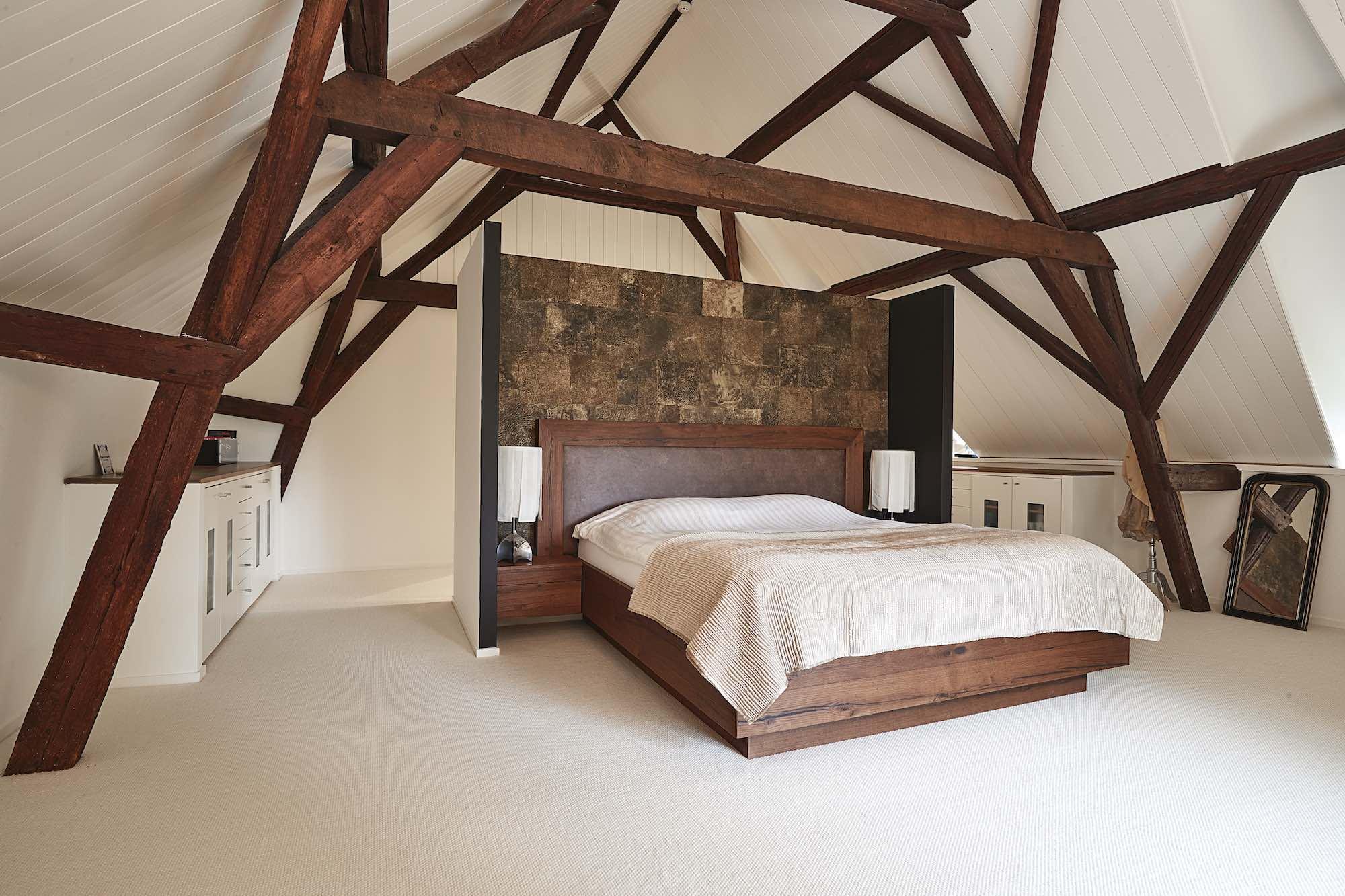 massief houten bed