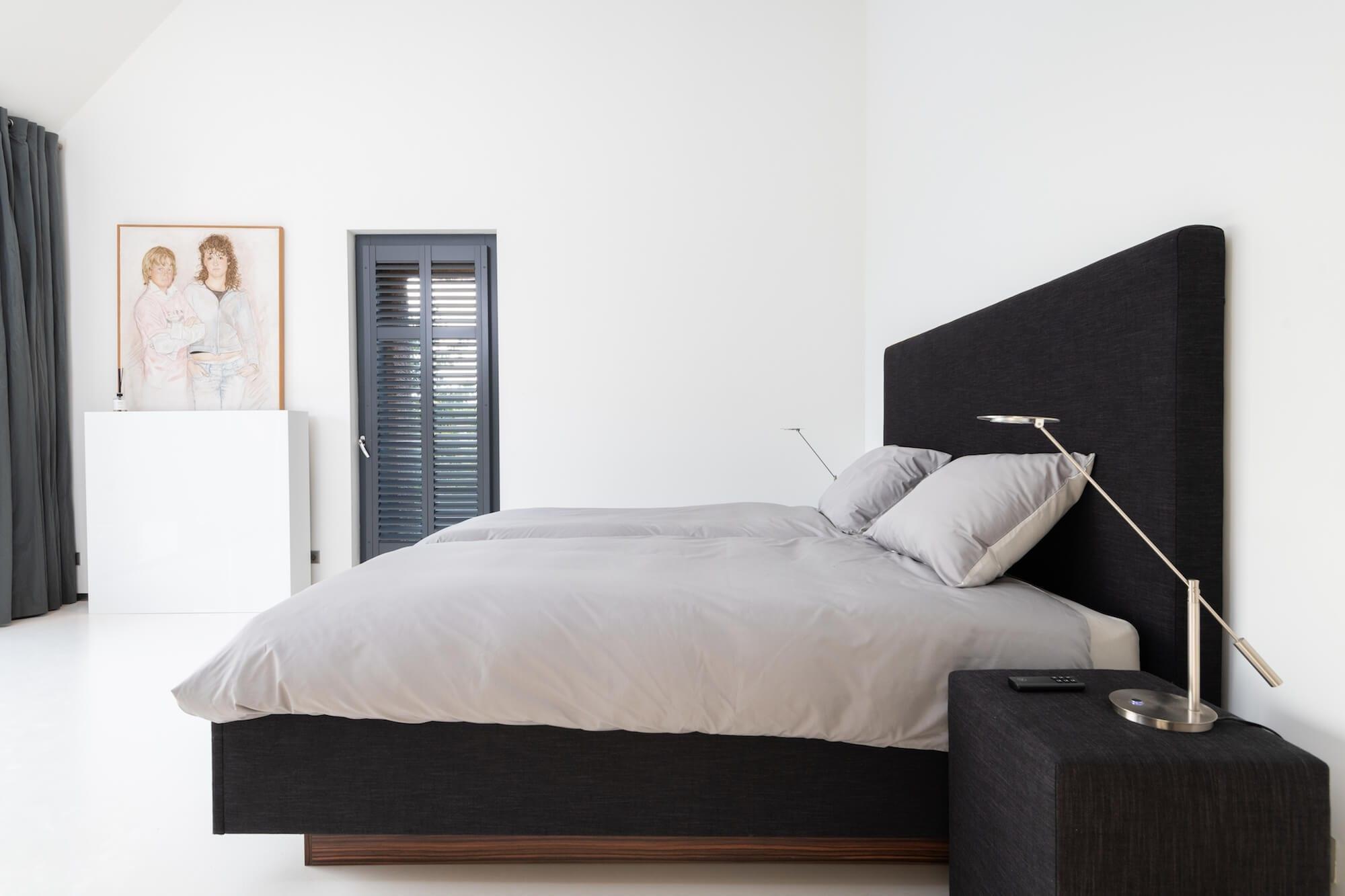Kingsize design bed