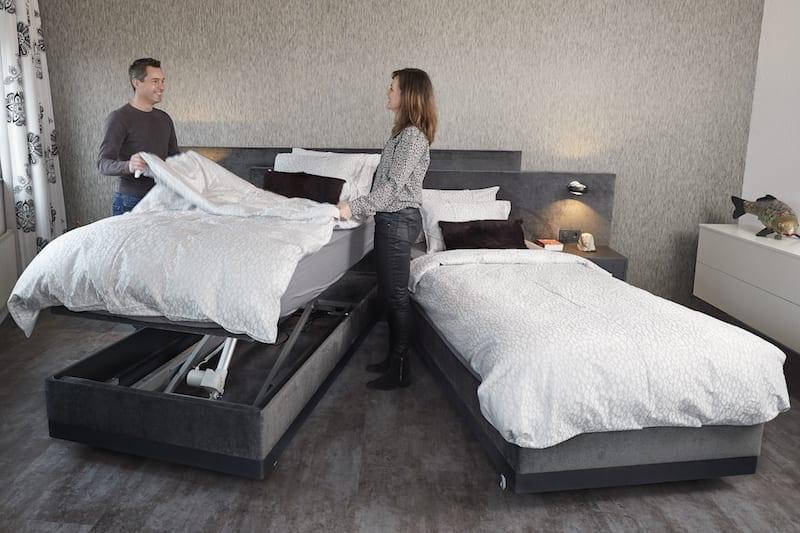 Een deelbaar hoog laag bed is prettig bij het opmaken van het bed