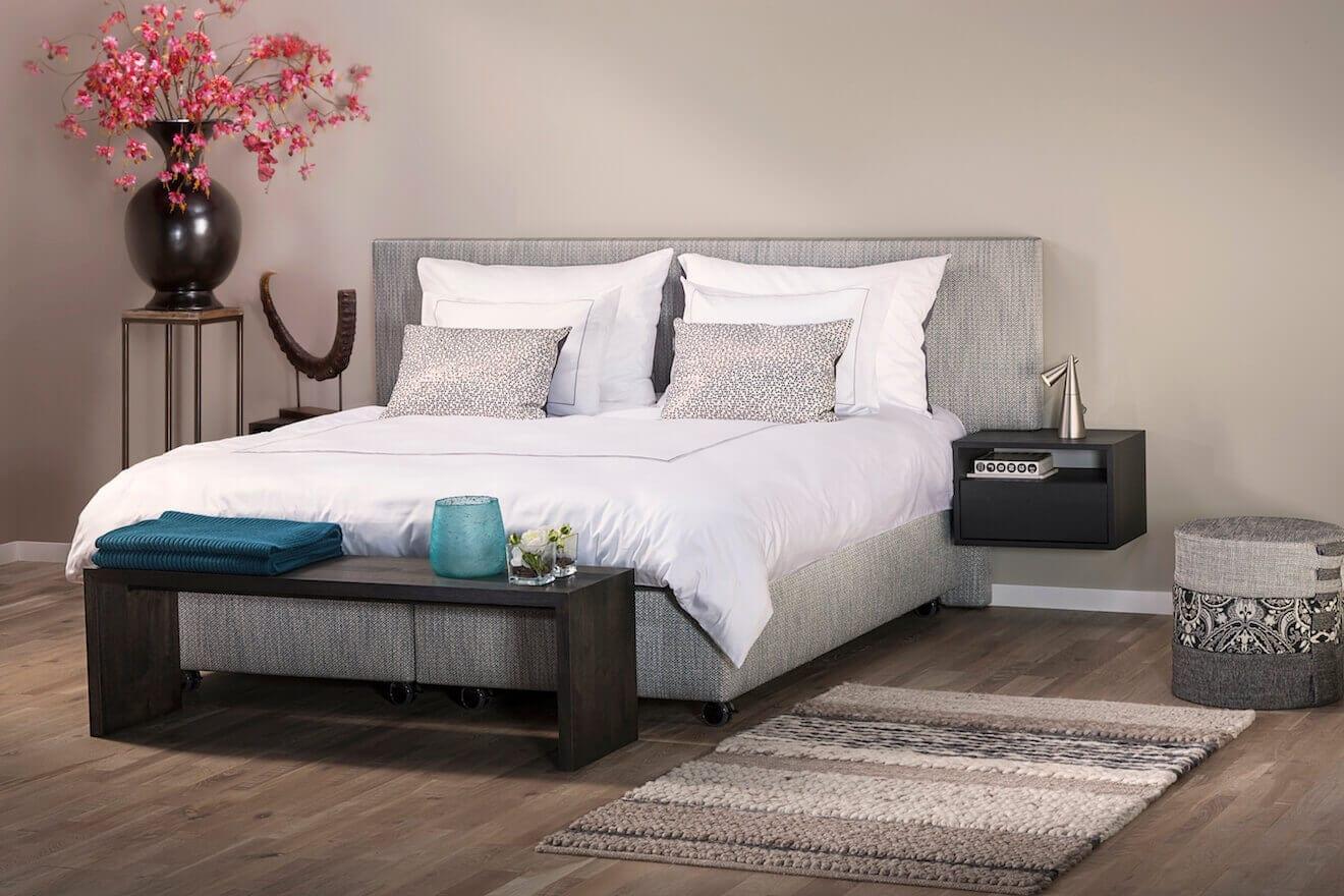 Luxe tweepersoons bed Manifesto