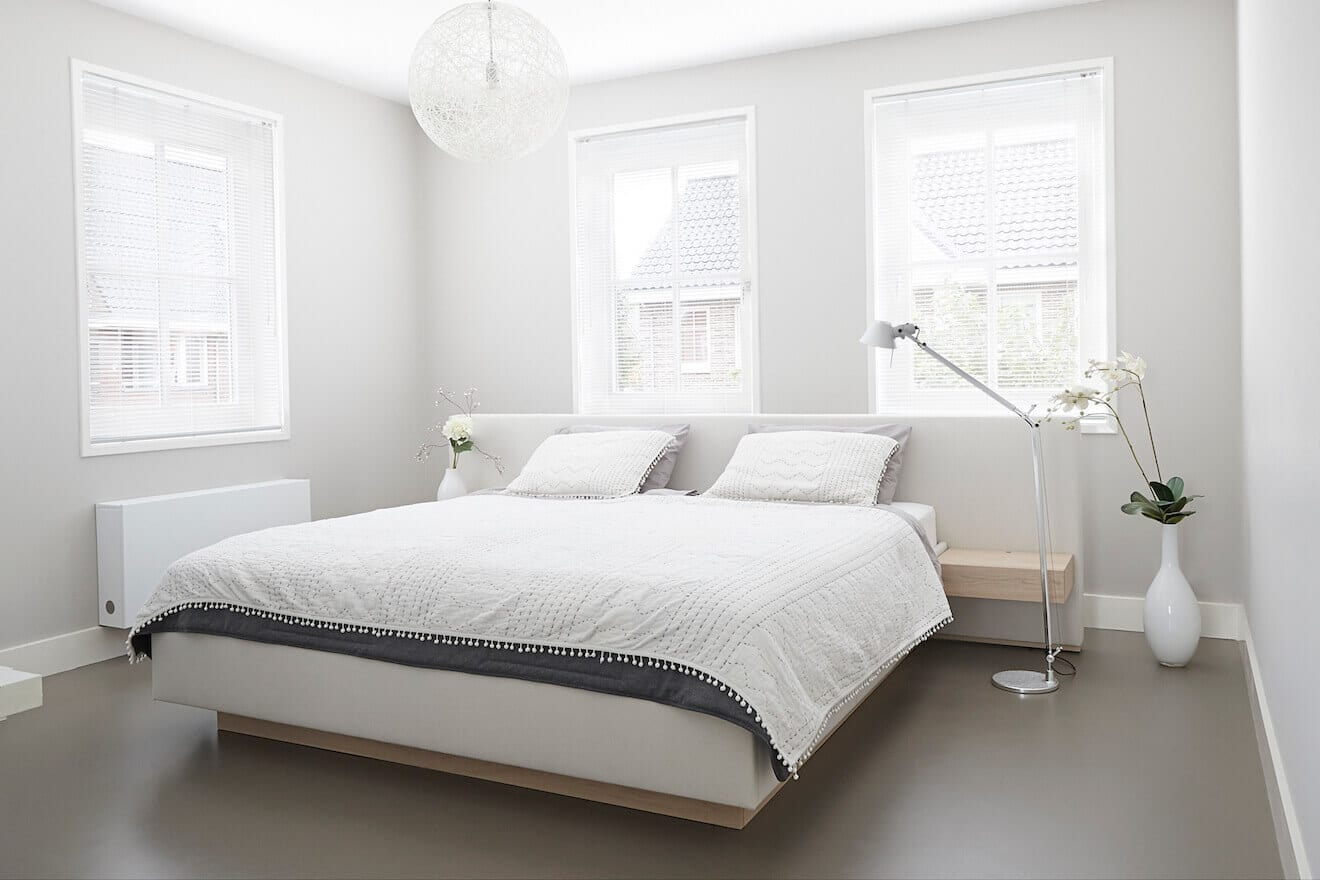 Kingsize bed met Scandinavisch design