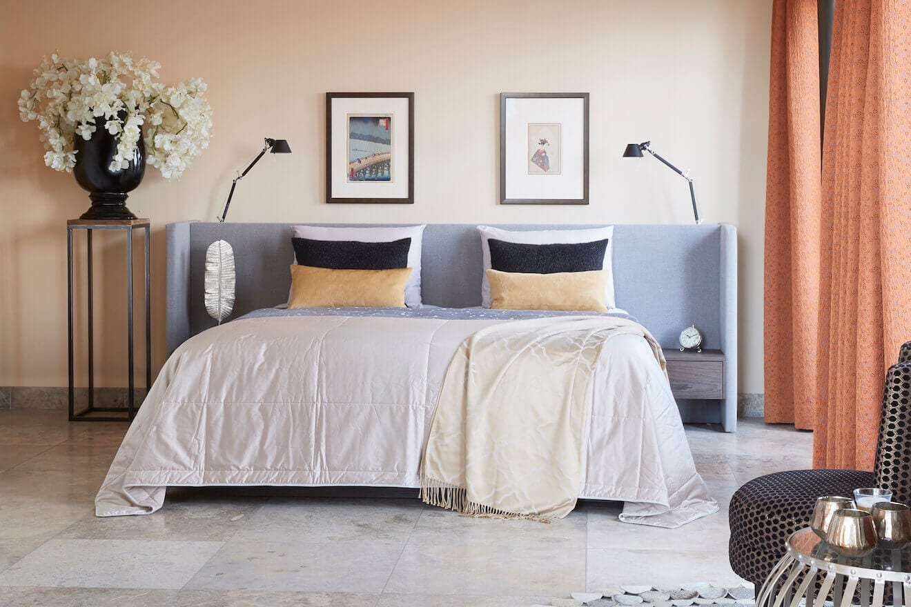 Modern bed Embrace