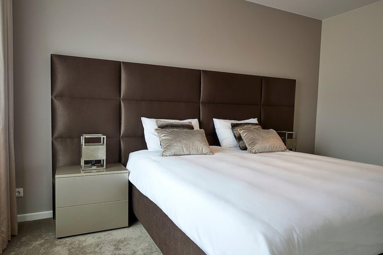 Luxe bed met hoofdpaneel Scatole