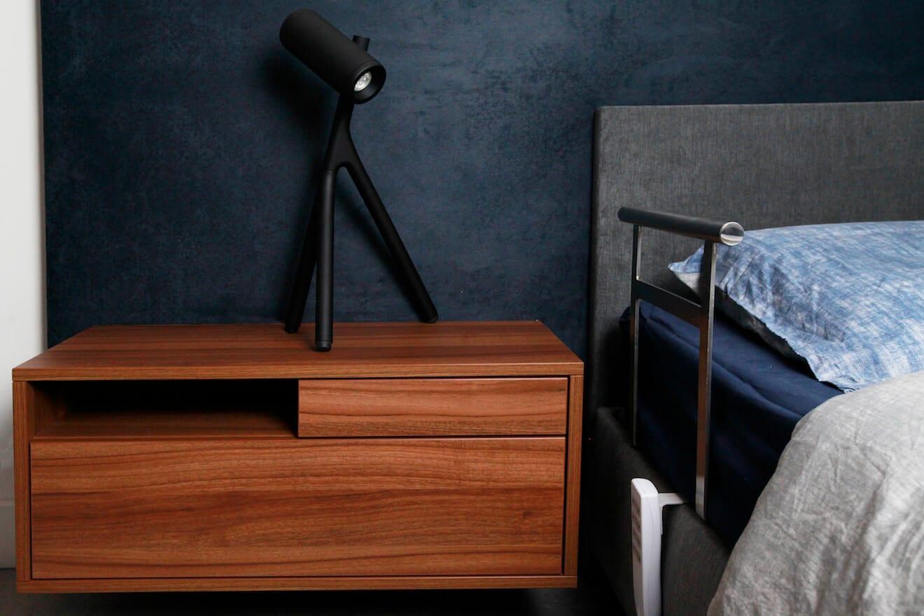 nachtkastje van hoog laag bed