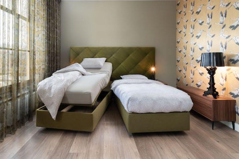 luxe hoog laag bed voor senioren